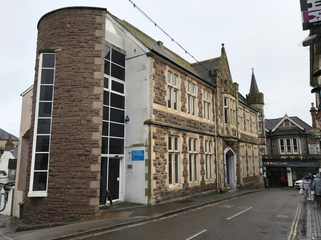 St Ives Library